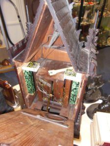 Bavarian_Cuckoo_Clock_Repair_2
